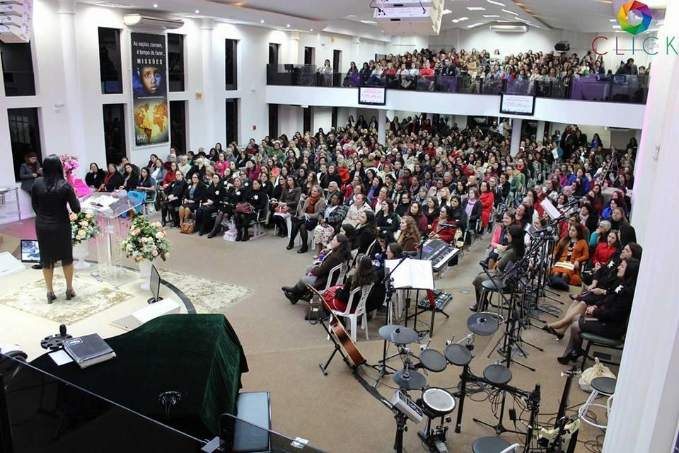 Encontro reúne mais de 800 Mulheres em Içara!