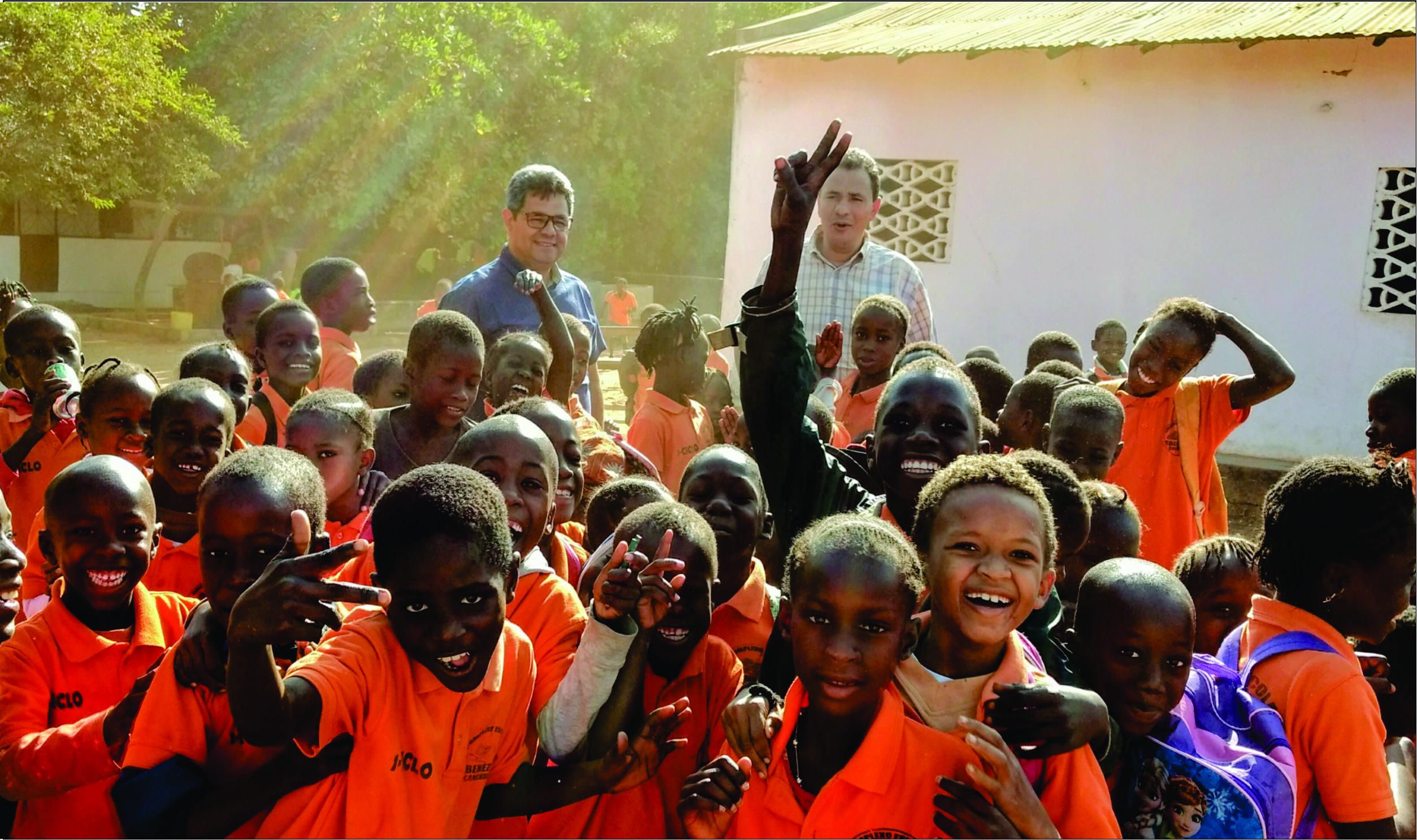 Pastor Joelson da Silva retorna da viagem Missionaria na África