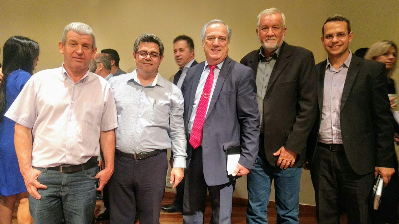 Fórum da Família reune lideranças de Santa Catarina.