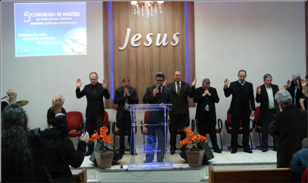 TERCEIRA NOITE DO 5º CONGRESSO DE MISSÕES