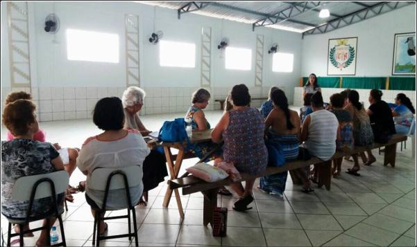 DEPARTAMENTO FEMININO REALIZA VISITA A CLUBE DE MÃES